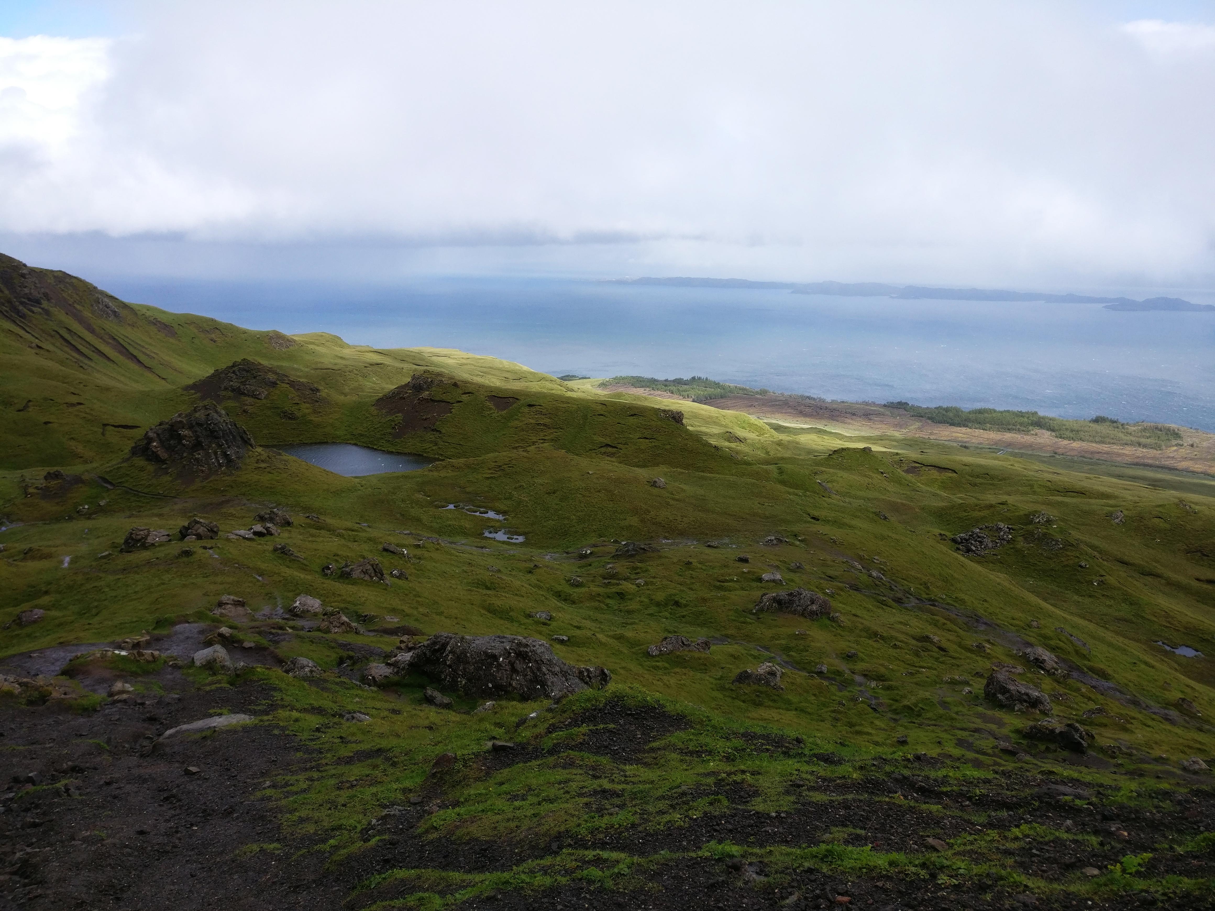 Udsigten fra Old Man of Storr, Isle of Skye, Skotland